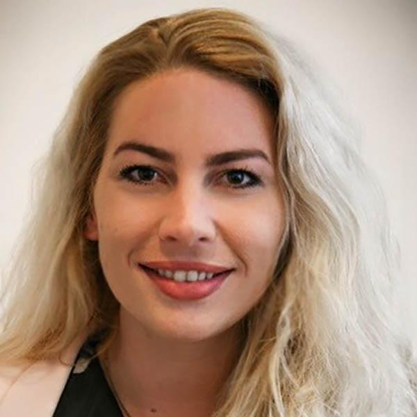 Yvette Stork, doktersassistente